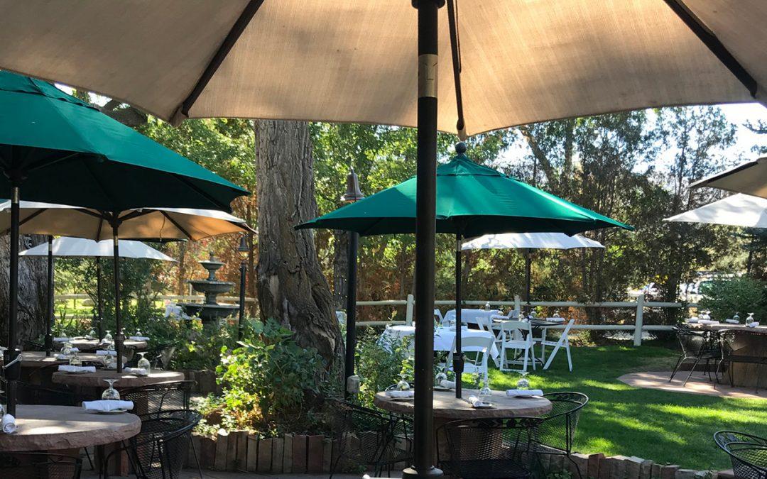 Best Outdoor Dining : The Greenbriar Inn